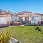 4 BEDROOM, 3 BATHROOM HOUSE IN CENTRAL GOLD COAST